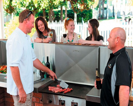 Barbecues and Breakfasts at the Resort